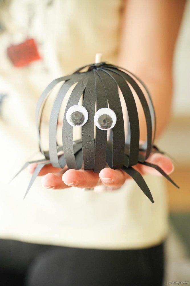 pavouček z papíru podzim halloween pro děti