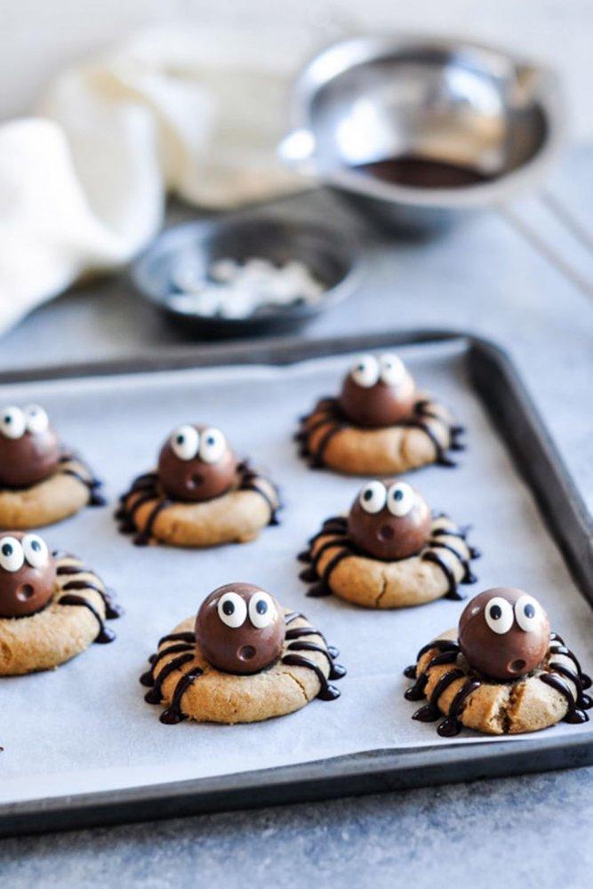 Halloween sušenky s pavoučky
